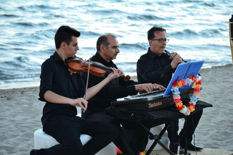Matrimonio Spiaggia Salento : Matrimonio in spiaggia salento i migliori musicisti