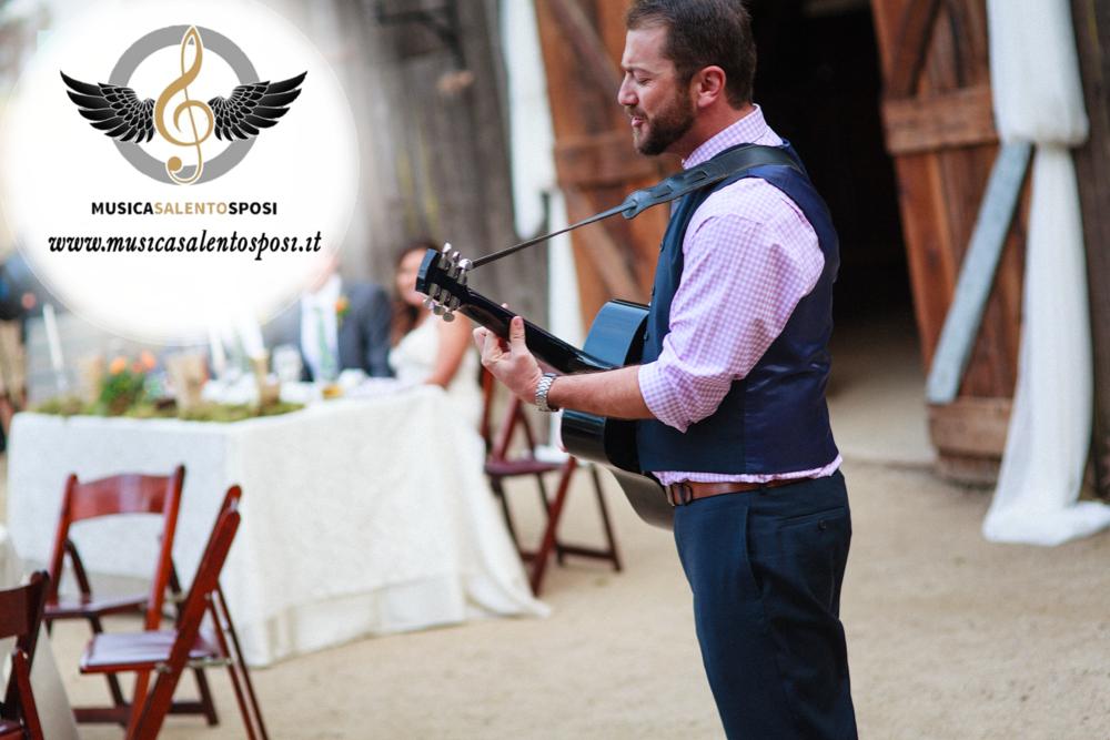 Come organizzare la serenata per la sposa